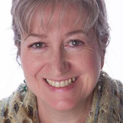 Lisa Davies - lisatheteapot.